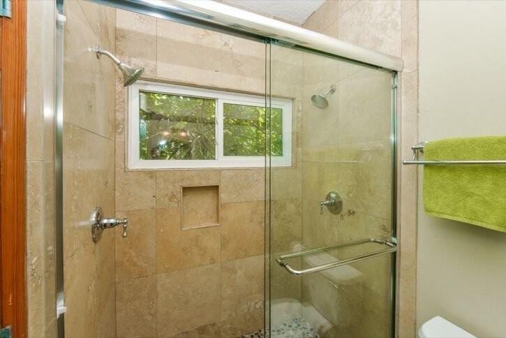 Lower Shower